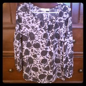 Loft long sleeved pleated cuff blouse size xs